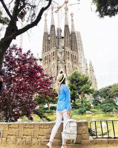 Барселона – город Розы Ветров, застывшей музыки великого зодчего и живых скульптур на бульваре Рамбла, романтичных и вдохновенных…
