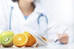 """Why You Shouldn't Focus on Weight Loss: There is something about the blanket concept of losing weight that just doesn't work. We all know this. The diet industry is a multi-million dollar industry, and, though there's no miracle weight loss program, we all spend money looking for """"the cure."""""""