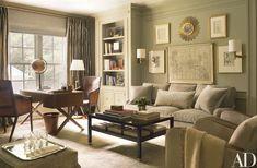 Suzanne Kasler Transforms her Federal-Style Fixer Upper in Atlanta | Architectural Digest Architectural Digest, Home Luxury, Modern Luxury, Design Salon, Grey Room, Gray Bedroom, Master Bedroom, Bedroom Colors, Atlanta Homes