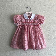 Girls Dresses Size 6, Flower Girl Dresses, Vintage Clothing, Vintage Outfits, Red Floral Dress, Infants, Knit Cardigan, Smocking, 12 Months