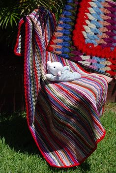 A Vintage Vertical Stripe, pattern from Bella Dia, linked through from Lucy at Stripe Pattern, Hugs, Blanket, Crochet, Crafts, Vintage, Big Hugs, Manualidades, Ganchillo