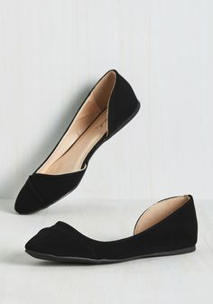 Tip Tap Toe Flat in Noir. Whether youre making a quiet entry into a meeting or tappin along to your favorite tune on the radio, these black flats have got you covered on panache. #black #modcloth