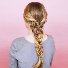 Whether you just want your braid to look thicker or you're trying to mimic an ethereal character, this triple braid concoction will give it to you. While we're not promising that every length of hair… Braids For Thin Hair, How To Braid Hair, Braids Easy, Thin Hair Cuts, Long Thin Hair, Trending Hairstyles, Hair Videos, Hairstyles Videos, How To Do Hairstyles