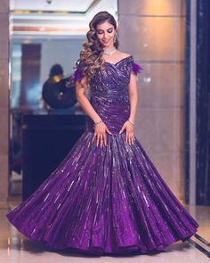Indo-Western Dress Ideas For Brides To Rock Their Engagement Outfits Indian Engagement Outfit, Engagement Dress For Bride, Engagement Gowns, Bride Reception Dresses, Wedding Reception Outfit, Bridal Dresses, Wedding Outfits, Designer Wedding Gowns, Luxury Wedding Dress