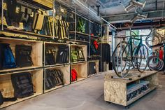 Shanghai fixed gear workshop Factory Five has opened a new shop, reminding the masses of the stylistic benefits of fixed gear bike ownership. After much contemplation and consideration, the new store, designed by Shanghai-based design crew LINEHOUSE, Shanghai, Crochet Velo, Range Velo, Factory Five, Bicycle Store, Bicycle Cafe, Cycle Shop, Café Bar, Sports Shops