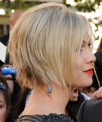 Blonde razor layered bob haircut with wispy bangs hairstyle #hairstyles #haircuts #precisioncuts