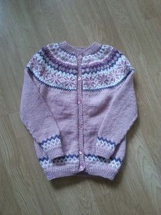 Nancykofte, 8 år Fair Isle Knitting, It Is Finished, Projects, Sweaters, Fashion, Tejidos, Clothing, Log Projects, Moda