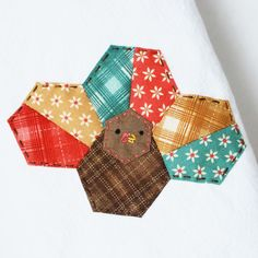 #Craft a turkey towel with #EPP for #Thanksgiving! // wild olive
