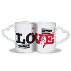 ¡Etiqueta en este set de tazas con asa de corazón a la persona que deseas darle un detalle original y romántico!