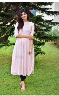 Churidar Designs, Kurti Neck Designs, Kurta Designs Women, Dress Neck Designs, Kurti Designs Party Wear, Blouse Designs, Stylish Dresses For Girls, Stylish Dress Designs, Designs For Dresses