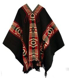 ♪ Typical Chilean craft: Mapuche poncho. Pancho Outfit, Mens Poncho, Boho Fashion, Womens Fashion, Fashion Design, Male Fashion, Fashion Details, Argentine, Look Boho