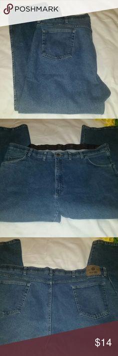 Wrangler 44×29 Wrangler jeans 44×29 Regular fit Great condition Wrangler Jeans Relaxed