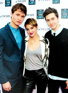 Shailene Woodley, Nat Wolff and Ansel Elgort in the Fault in our Stars
