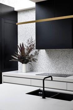 Kitchen Interior, Kitchen Decor, Condo Kitchen, Interior Architecture, Interior Design, Studio Living, Modern Kitchen Design, Kitchen Designs, Open Plan Kitchen