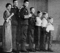 The children of Grand Duke Alexander Mikhailovich and Grand Duchess Xenia Alexandrovna of Russia, from left: Princess Irina Alexandrovna (1895–1970), Prince Andrei Alexandrovich (1897–1981), Prince Feodor Alexandrovich (1898–1968), Prince Nikita Alexandrovich (1900–1974), Prince Dmitri Alexandrovich (1901–1980), Prince Rostislav Alexandrovich (1902–1978), Prince Vasili Alexandrovich (1907–1989) of Russia