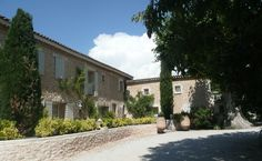 Domaine Le Lantana, near Les Taillades, Provence, where dh and I spent a magical week in 2002.