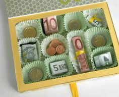 Geld liebevoll verpacken  pralinen