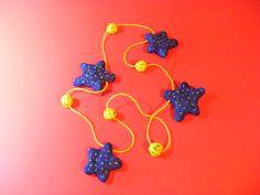 collares estrellas de mar en papel mache