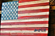 DIY Pallet wood fence board American Flag Tutorial by Serendipity Refined  http://www.serendipityrefined.com/2012/06/flying-my-geek-flag.html