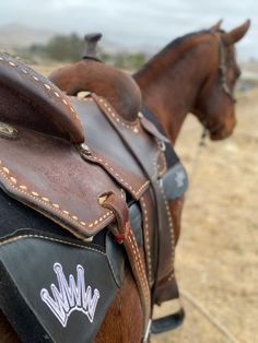 Best Ever Pads, Barrel Racing, Barrel Racer, Barrel Horse, Barrel Saddle, Custom Saddle, Rodeo, WPRA, Women's Pro Rodeo Association, Crown, Ride With The Best, Be Your Best Ever, PRCA, Pro Rodeo Barrel Saddle, Barrel Horse, Pro Rodeo, Saddle Pads, Barrel Racing, Horse Tack, Crown, Horses, Bags