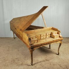 18 Notable Reclaimed And Reused Pianos | Green Eco Services : I want  to do a bunch of these.