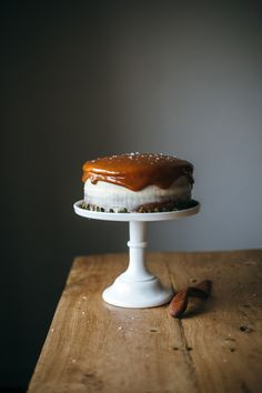 pumpkin cake with cream cheese frosting / My name is Yeh