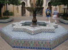 moroccan fountains - Google Search Moroccan Garden, Epcot, Morocco, Sweet Home, Fountain Ideas, Carpets, Spanish, Home Decor, Google Search