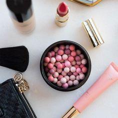 Kako da radite od kuće i izbjegnete odugovlačenje Giordani Gold Oriflame, Oriflame Business, Oriflame Beauty Products, Blush, Eyeliner Looks, Bronze, Rose Petals, Concealer, Lip Balm