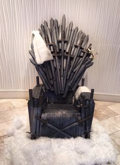 """If you're a """"Game of Thrones"""" superfan, then your home should reflect all things GoT. Here are 4 DIY craft ideas to take you to one of the Seven Kingdom. Game Of Thrones Chair, Game Of Thrones Decor, Game Of Thrones Poster, Game Of Thrones Party, Game Thrones, Game Of Thrones Halloween, Game Of Thrones Birthday, Bronze Spray Paint, Diy Girlande"""