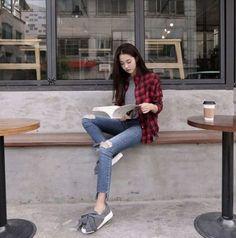 ideas fashion summer jeans korean fashion designers в 2019 г. Korean Fashion Ulzzang, Korean Fashion Winter, Korean Fashion Trends, Korean Outfits, Asian Fashion, Latest Fashion For Women, Womens Fashion Online, Korean Street Fashion Summer, Korean Summer