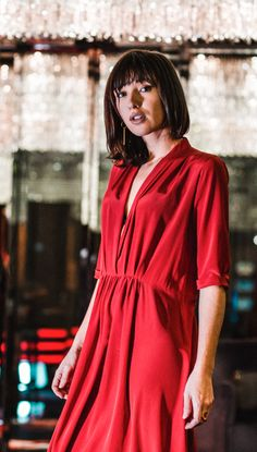 storesandgoods.com –Styleshoot January 2017 Cropped Jeans, Lady In Red, Glamour, Shirt Dress, Shirts, Outfits, Dresses, Summer, Style
