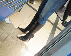 hot high heels for women Brown Knee High Boots, Thigh High Boots Heels, Black High Heels, Heeled Boots, Long Boots, Knee Boots, Girls Heels, Sexy Boots, Sexy Heels