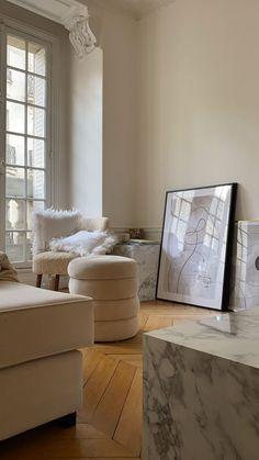 Interior Inspiration, Room Inspiration, Home Room Design, House Design, Minimalist Room, Elegant Homes, Dream Decor, Fashion Room, House Rooms