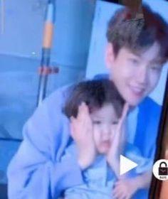 "nini on Twitter: ""baekhyun with kids always going to be cute indeed… "" Baekhyun, Exo, Twitter, Cute, Kids, Young Children, Boys, Kawaii, Children"