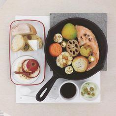 . goooooood morning dear Friday :-D))) . #goodmorning #morning #breakfast #yummy #goodfood #instafood #onthetable  #homemade #foodie #foodstagram #igfood #foodphotography #foodphoto #yum #2eat2gether #S_S_iloveBreakfast #朝食 #早餐 #goodmorning #早安 #おはようございます #cooking #秋野菜鮭一鍋 #野菜 #秋野菜 #onepot #vegatable #蓮根 #蓮藕
