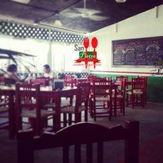 Restaurante italiano en Puerto Vallarta, pizza cuadrada con ingredientes naturales San pietro