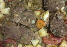 Μοσχάρι με λαχανικά στη γάστρα συνταγή από τον/την Χατζηνικολάου Χρυσα - Cookpad Pot Roast, Pork, Beef, Ethnic Recipes, Food, Carne Asada, Kale Stir Fry, Meat, Roast Beef