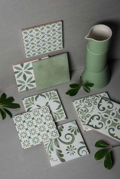 New in Aquarel – Tonalite Ceramic Painting, Diy Painting, Ceramic Art, Room Tiles, Kitchen Tiles, Küchen Design, Tile Design, Diy Wall, Wall Decor