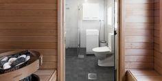 Valkoinen kylpyhuone ja tilava sauna │ Laattapiste #kylpyhuone #valkoinen #laatta #kylpyhuoneremontti #saunaremontti