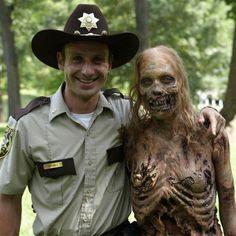 37 coisas que acontecem em todos os episódios de The Walking Dead