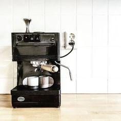 Espresso cups by Nin