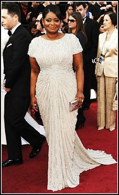 Octavia Spencer 2012 Oscars, Academy Awards #celebrities #celebrityfashion #redcarpet Evening Gowns With Sleeves, Evening Dresses Plus Size, Silver Evening Gowns, Plus Size Dresses, Dresses With Sleeves, Maxi Dresses, Nice Dresses, Bridesmaid Dresses, Wedding Dresses