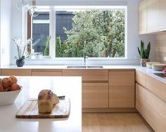 A Modern Vancouver House Clad in Black Cedar (Design Milk) Home Interior, Interior Design Kitchen, Kirkland House, Vancouver House, Architecture Design, Narrow House, Elegant Kitchens, Pink Houses, Cuisines Design