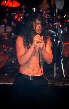 •08 April, 1990• •Marquee Club, London, England• ©GEORGE CHIN #chriscornell #kimthayil #mattcameron #soundgarden #1990 #georgechin
