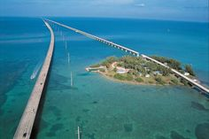 FLORIDA KEYS, MARATHON -- The old Seven Mile Bridge, also known as the worldÕs longest fishing pier, is the only road to Pigeon Key which was a base camp used by construction crews building the Florida East Coast Railroad extension to Key West. The five-acre island houses a museum with artifacts and photos chronicling the construction of the bridge. Photo by Andy Newman/TDC.