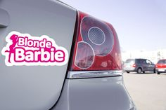 Stick Funny 😜😜 Retrouvez le ici: https://zonestickers.fr/-sticker-voiture-blonde-barbie-3148  #StickFunny #ZoneStickers #sticker #autocollant #fun #Funny #drôle #humour #Blonde #Barbie #vaisonlaromaine