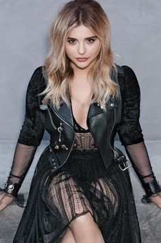 """"""" Chloë Grace Moretz for Glamour (September """" Chloë Grace Moretz, Chloé Moretz, Scarlett Johansson, Pinup, Sexy Women, Actresses, Lady, Womens Fashion, Beauty"""