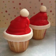 Santa High Hat cupcakes www.clarescupcakes.co.uk