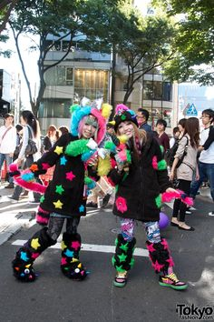 Omocha Party Girls in Harajuku