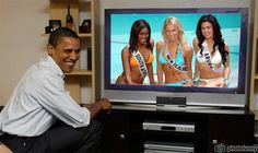 Thuli Sithole Miss South Africa, Elisabeth Gray Miss New Zealand and Melissa Lacie Miss Aruba watch live Obama